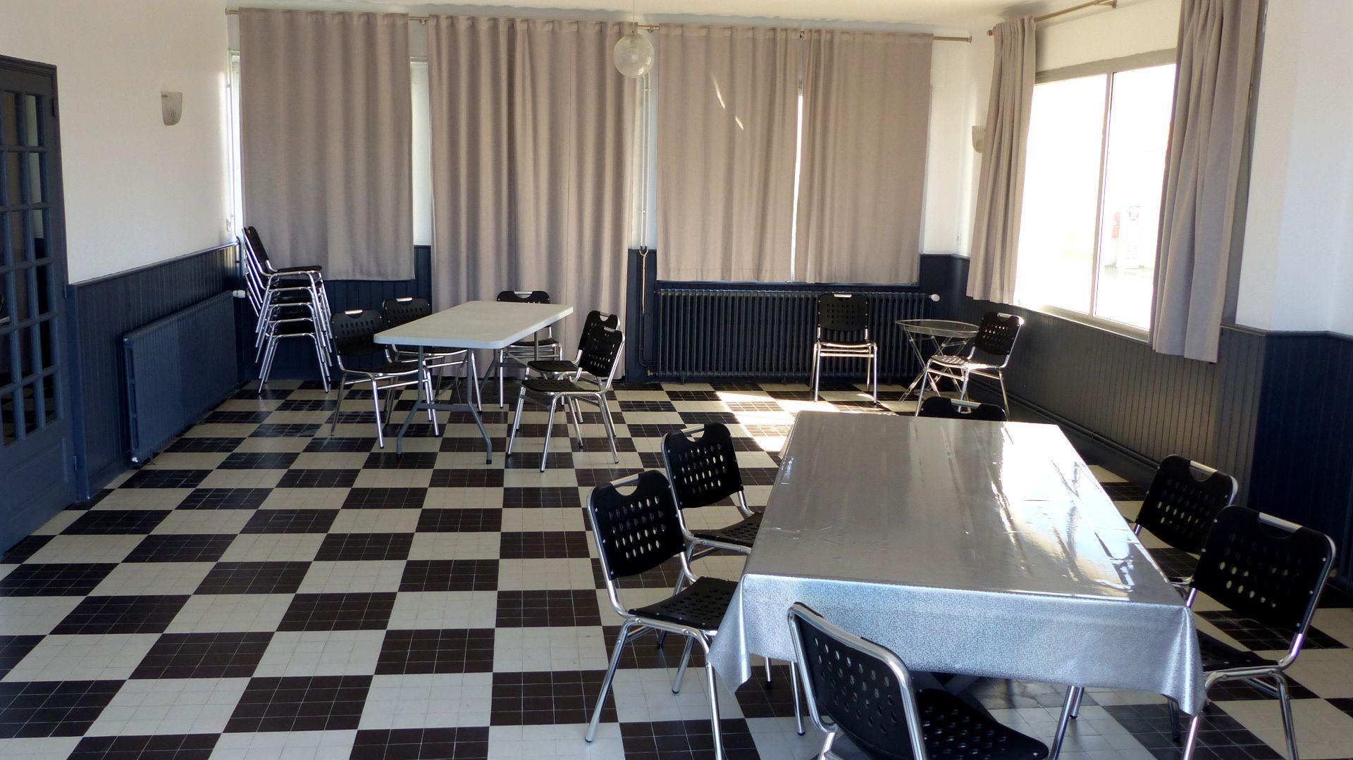 65 - la salle de restaurant (1)